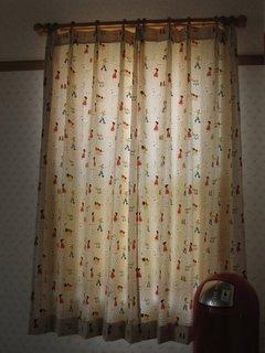 授乳室 カーテン