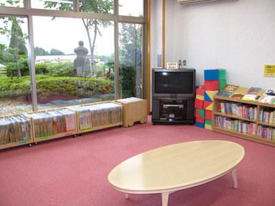 いずみフレンドパークの図書館