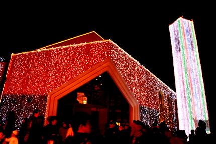 桜の礼拝堂(夜)