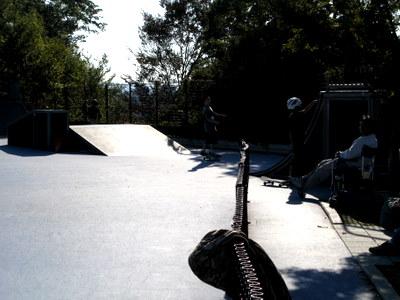 スケートボード練習場2