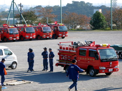 集まれ消防車