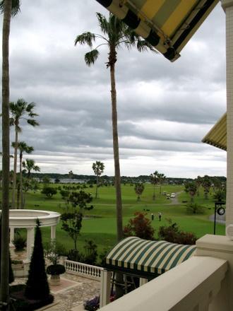 エクシブ浜名湖の隣のゴルフ場
