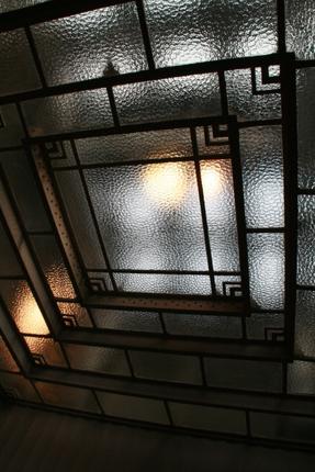 喫煙ルームの天井