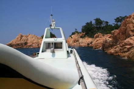 船の後方からの眺め