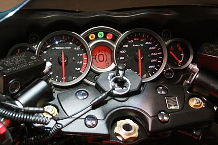 ハヤブサ1200の計器