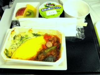 フランス行きANA国際線機内食と上映番組