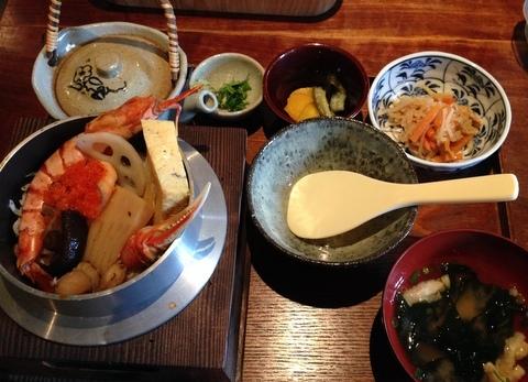 鎌倉で釜飯ゆったりごはん