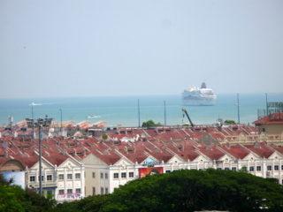 マラッカに寄港