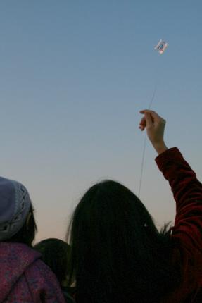 簡単な凧作り・ほねなしカイト